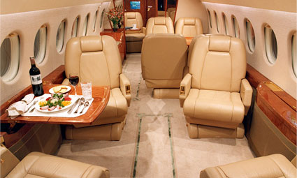Interior of Falcon 900 EX