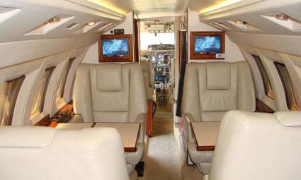 Hawker 700 A